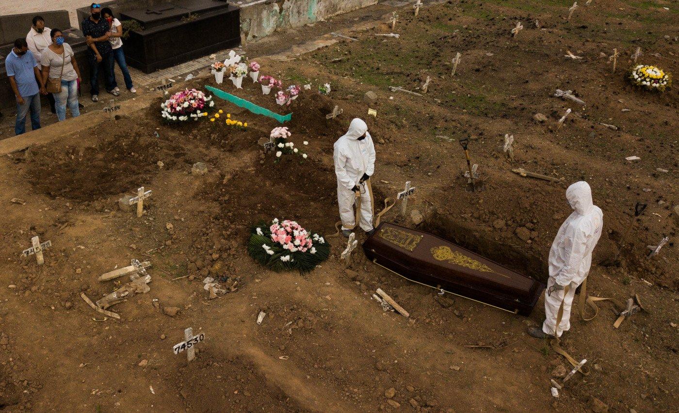 Luto na pandemia: Ausência do ritual de despedida gera traumas e até patologias